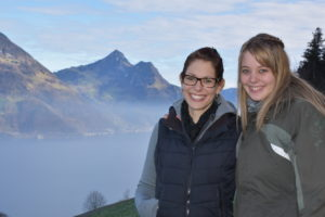 Silvia von Rotz-Bucher und Anita Bucher (v.l.) sind die «Schüpferimeitli»